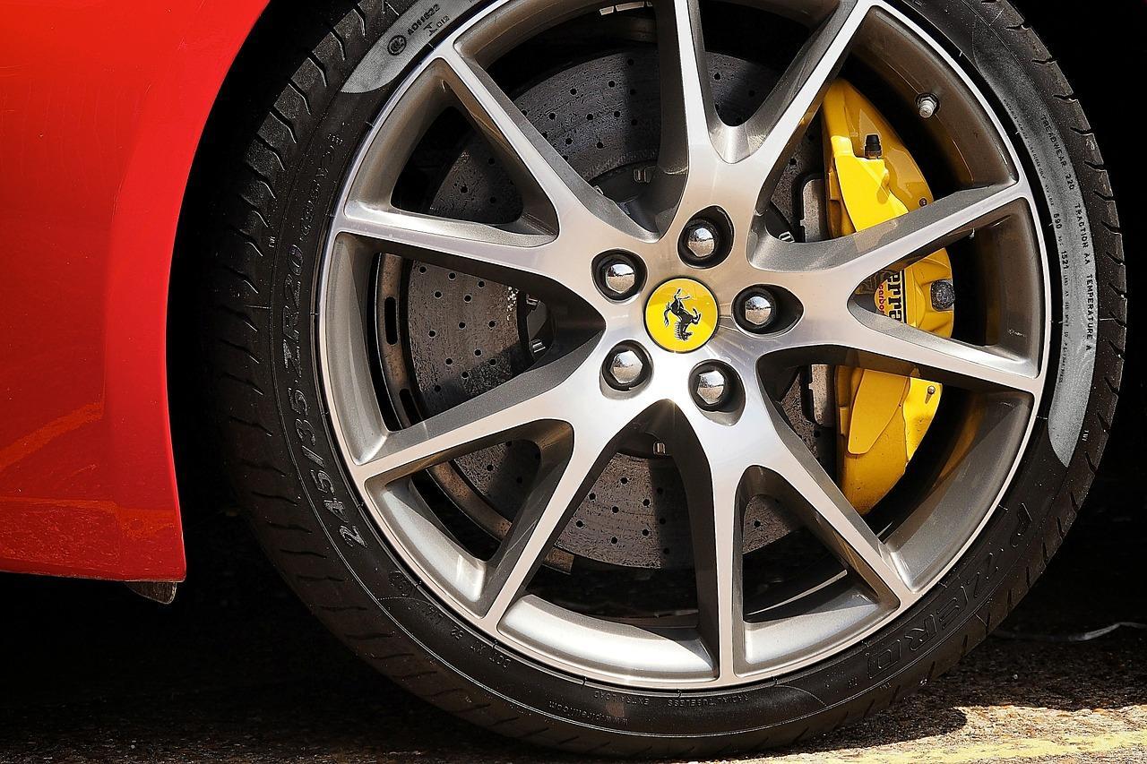 Ελαστικά αυτοκινήτων στις καλύτερες τιμές